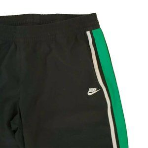 Nike Womens Cropped Loose Fit Capris Side Stripes